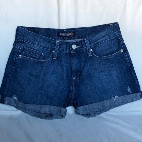 Levi's Pants - Levi Jean shorts